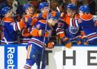 """""""Oilers"""" izcīna pirmo uzvaru sezonā"""