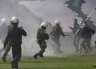 Vardarbības dēļ apturēti Grieķijas futbola turnīri
