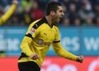 """Dortmundes """"Borussia"""" atspēlējas un gūst uzvaru viesos"""
