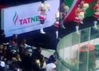 Video: KHL mačā laikā tribīnēs izceļas nekārtības