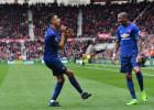 Mančestras ''United'' uzvar un nobīda ''Arsenal'' uz sesto vietu