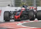 """""""Haas"""" komanda nolīgst divus jaunus pilotus"""