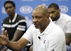 """Riverss pēc Pola aizmainīšanas atstāj """"Clippers"""" prezidenta amatu"""