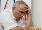 Kasparovs pēc 12 gadu pārtraukuma atgriežas apritē ar trim neizšķirtiem