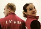 Latvijas duetu cīņā Jakušina/Ņevskis pārspēj Ipolito un Džonsu (+foto)