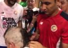 Video: Keilors Navass apstrādā treneri
