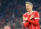 """""""Bayern"""" turpina uzvarēt un palielina pārsvaru"""
