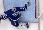 "Video: NHL nedēļas topā triumfē ""Maple Leafs"" vārtsargs Andersens"