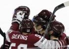 Izlases hokejisti šodien ierodas Latvijā dažādos laikos