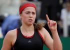 """Ostapenko pirms """"French Open"""" atgriežas piektajā vietā"""