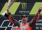 Lorenso uzvar otrajā Moto GP posmā pēc kārtas, Markess palielina pārsvaru pār Rosi