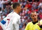 FIFA noliedz, ka tiesnesis būtu prasījis Ronaldu kreklu, un nosoda apsūdzētāju