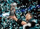 """Eagles"" sezonu sāks ar ""Super Bowl"" MVP Niku Folusu"