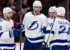 """""""Lightning"""" sasniedz NHL rekordu un uzvar Čikāgā"""