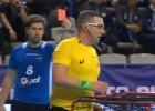 Video: PČ spēlētājs latviešu tiesnesim parāda sarkano kartīti