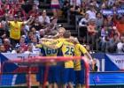 Zviedri uzvar pēcspēles metienos, nodrošinot ierasto finālu