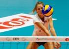 Sportacentrs.com TV: volejbolistēm cīņa par pirmo uzvaru Eiropas čempionāta kvalifikācijā