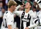 """""""Juventus"""" astoto sezonu pēc kārtas triumfē Itālijas A sērijā"""