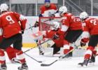Šveice izlaiž 3:0, tomēr uzvar Baltkrieviju un nostumj Somiju uz pēdējo vietu grupā