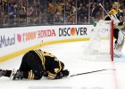 """""""Bruins"""" aizsargs Grizliks nedosies izbraukumā, Sundkvistam draud diskvalifikācija"""