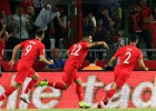 Turcija satriec pasaules čempioni, itāļi Grieķijā gūst trīs vārtus desmit minūtēs