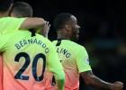 """Mahrezs un Stērlings nokārto """"City"""" trīs punktus, """"Tottenham"""" uzvar mazākumā"""