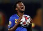 FIFA uz desmit gadiem diskvalificē Tanzānijas futbola federācijas bijušo prezidentu