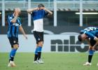 """""""Inter"""" no lieliskas pozīcijas pamanās izgāzties, """"Napoli"""" beigās pieveic """"Roma"""""""