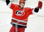 NHL nedēļas zvaigznes - Stāls, Kviks un Grābners