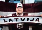 Kriss Breikšs: Vankūverā ar Latvijas karogu