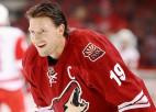 NHL diskvalificē Dounu uz trim spēlēm