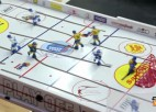 """Video: Noslēgusies """"Rīgas Kausa"""" galda hokejā pirmā diena"""