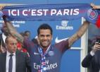 """Alvess atstās Parīzes """"Saint Germain"""", PSG vienojas ar Sarabiju"""