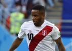 Cerības zaudējušās Peru uzbrucējs Farfans nepiedalīsies pēdējā spēlē
