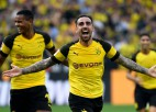 "Alkasera ""hat-trick"" glābj Dortmundi, ""Bayern"" atkal zaudē"