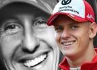 """Miks Šūmahers: """"Šobrīd domāt par F1 nav reālistiski"""""""
