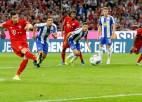 """Levandovskis piekto gadu pēc kārtas iesit pirmajā spēlē, bet """"Bayern"""" nespēj uzvarēt"""