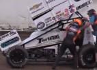 Video: Autosportists pārmāca avārijas izraisītāju
