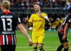 """""""Borussia"""" sit savos vārtos un izlaiž uzvaru Frankfurtē"""