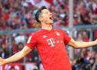 """Levandovskis turpina uzstādīt rekordus un nodrošina """"Bayern"""" uzvaru"""