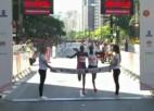 Video: Skrējējs pāragri sajūtas kā uzvarētājs