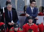 """NHL treneru skandālā ierautais Krofords atgriežas uz """"Blackhawks"""" soliņa"""