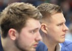 """""""Mavericks"""" pret """"Hawks"""" spēlēs bez Porziņģa un Dončiča"""