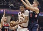 """Bertāns vēlreiz iemet četrus tālmetienus, Kurucam astoņi punkti pret """"Lakers"""""""