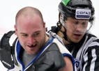 """KHL bijušais kauslis: """"Bija depresīvi, sāku dzert <i>vodku</i>, lai aizmirstos"""""""