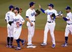 """Noslēgusies saīsinātā MLB sezona, priekšā – vēl nebijuši """"playoff"""" mači"""