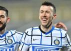 """Milānas """"Inter"""" pieveic """"Fiorentina"""" un izvirzās Itālijas A sērijas vadībā"""