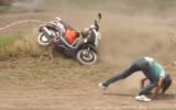 Video: Kā amatieru motokrosā brauc Taizemē?