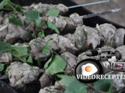 Video: Videorecepte - šašliks klasiskā marinādē