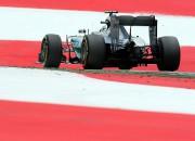 """Ar Rosberga ātrāko laiku pirmajā treniņā sākas Lielbritānijas """"Grand Prix"""" nedēļas nogale"""